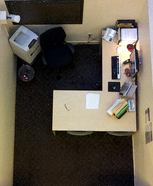 cubicle.jpg