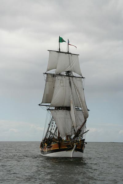 Lady Washington under sail. Photo by Ron Arel / Coastal Images.