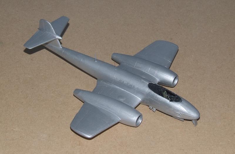 Meteor F.8 A1, 05s.jpg