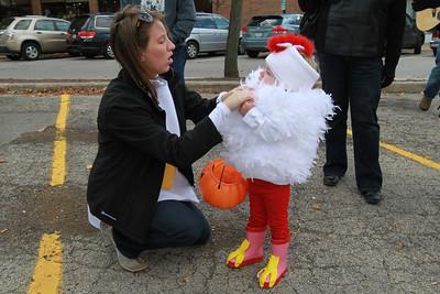 20121028-Downers Grove Lions Club costume parade (SM)