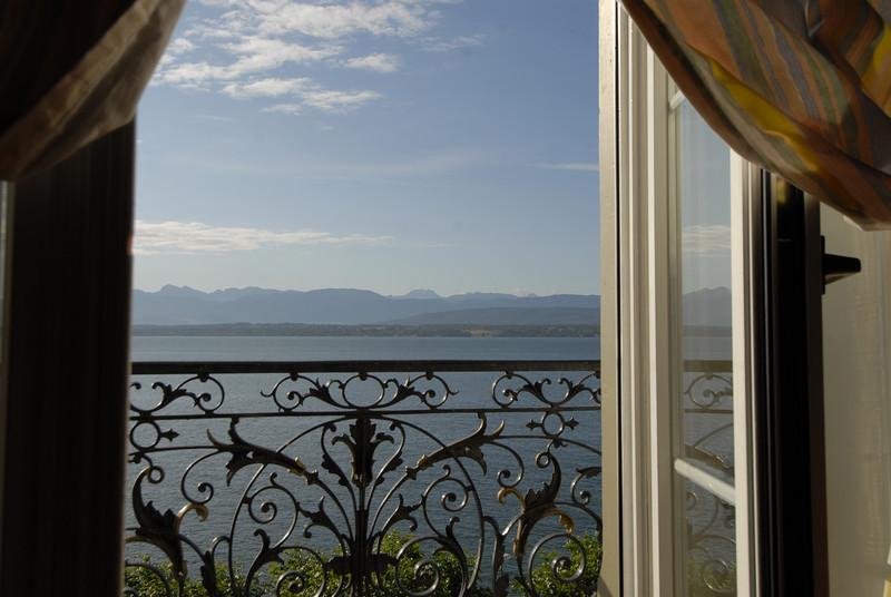 070626 7510 Switzerland - Geneva - Downtown Hiking Nyon David _E _L ~E ~L.JPG