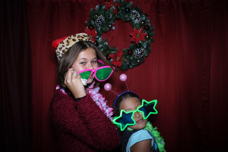 Good Shepard Lutheran School Christmas Boutique 2014-18.jpg