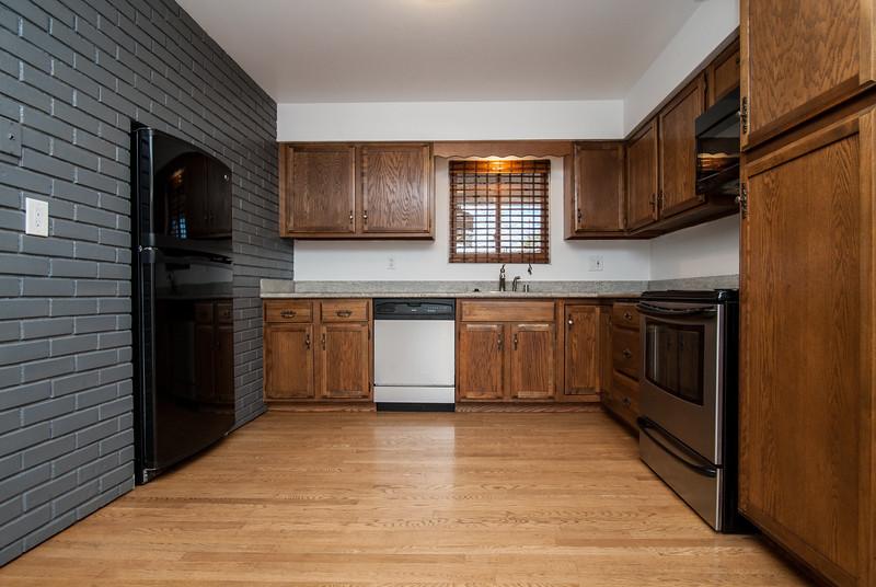 kitchen (3 of 6).jpg