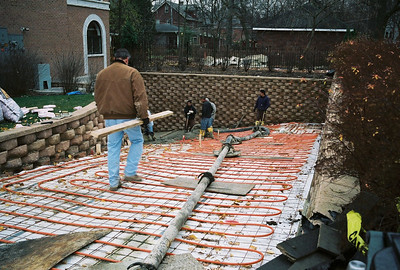 2006 November - Relaying the driveway