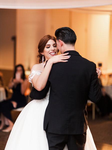 Alexandria Vail Photography Wedgewood Fresno Wedding Alexis   Dezmen775.jpg
