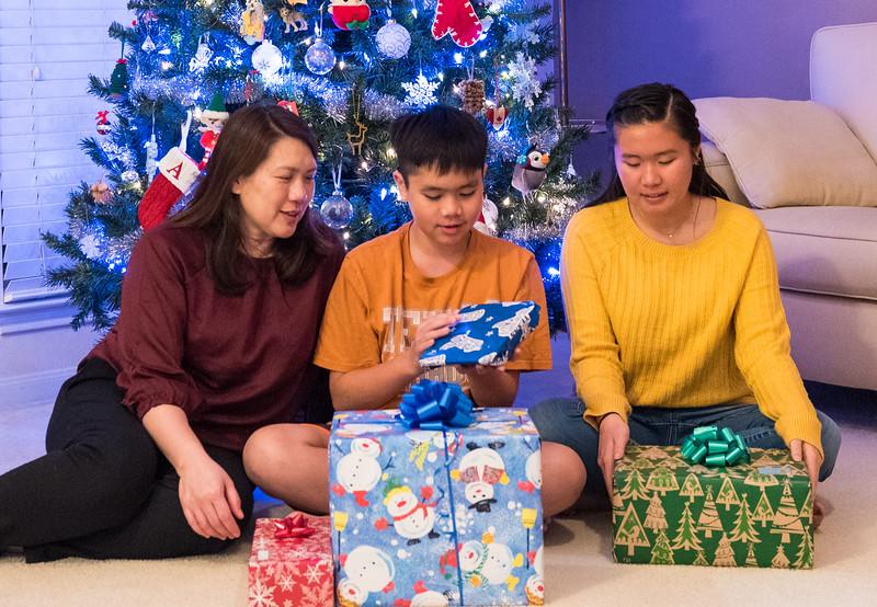 20181224_christmas-eve-alan-sarah_003.JPG