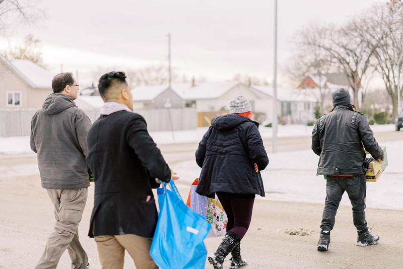 2019-12-22_WinnipegPlantBasedHelpingHands06.jpg