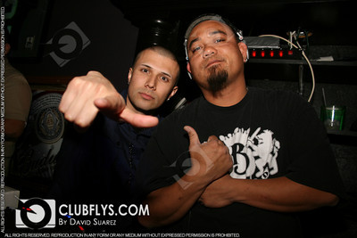 2011-04-22 [Flash Fridays, SIC Lounge, Visalia, CA]