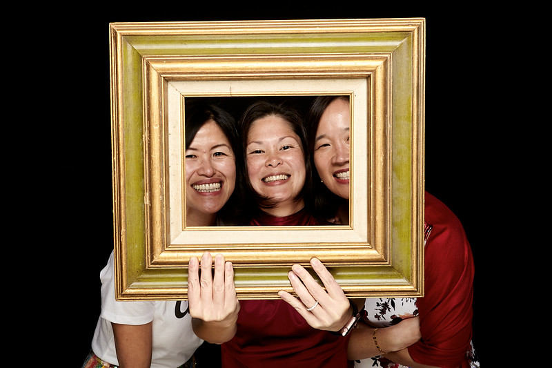 Endocrine Clinic Holiday Photo Booth 2017 - 009.jpg