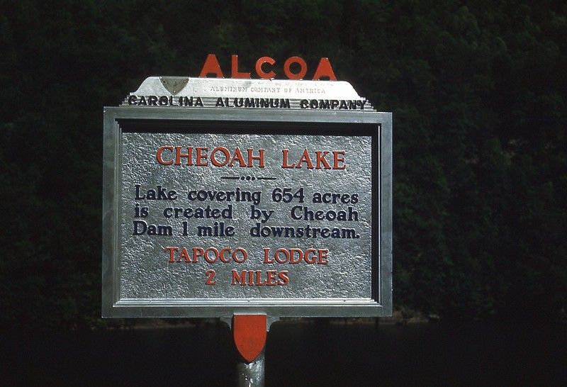 1952 May - Cheoah Lake