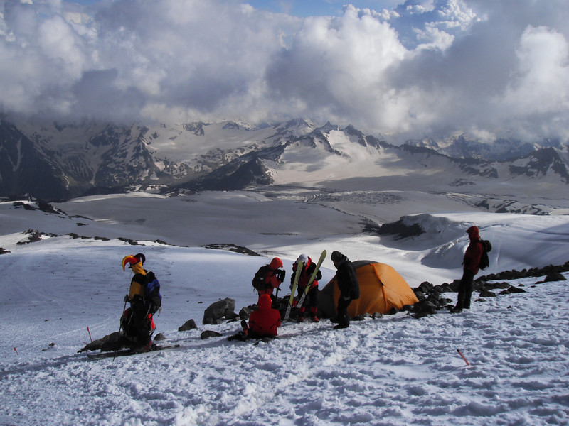 We performed the second acclimatization hike to Pastukhov Rocks (4.700m).