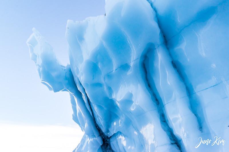 Matanuska Glacier_Karen-6105663-Juno Kim.jpg
