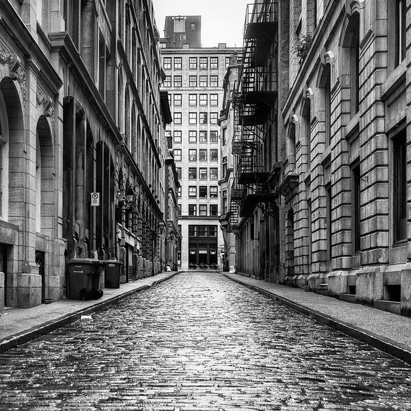 OldMntrlStreet1e.jpg