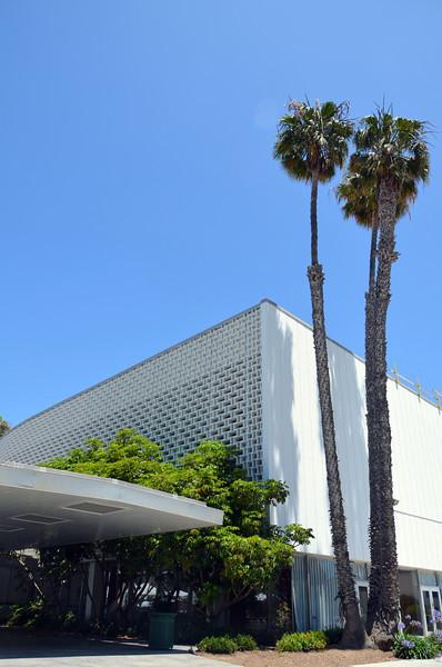 DSC_2523-santa-monica-civic-auditorium.JPG