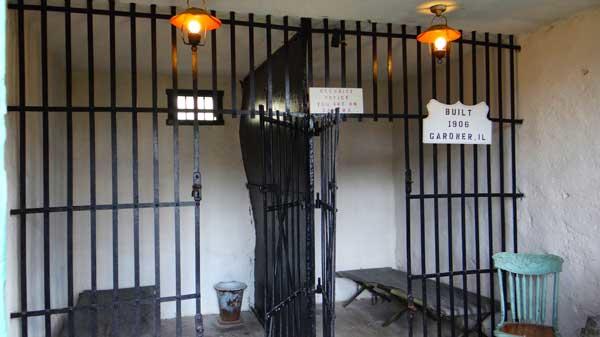 2-Cell-Jail-2.jpg