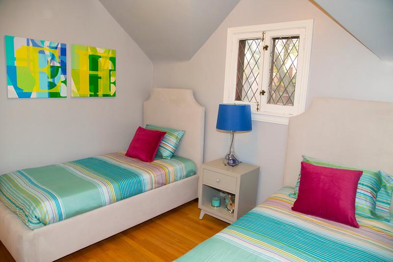 Twin Bedroom #1.jpg