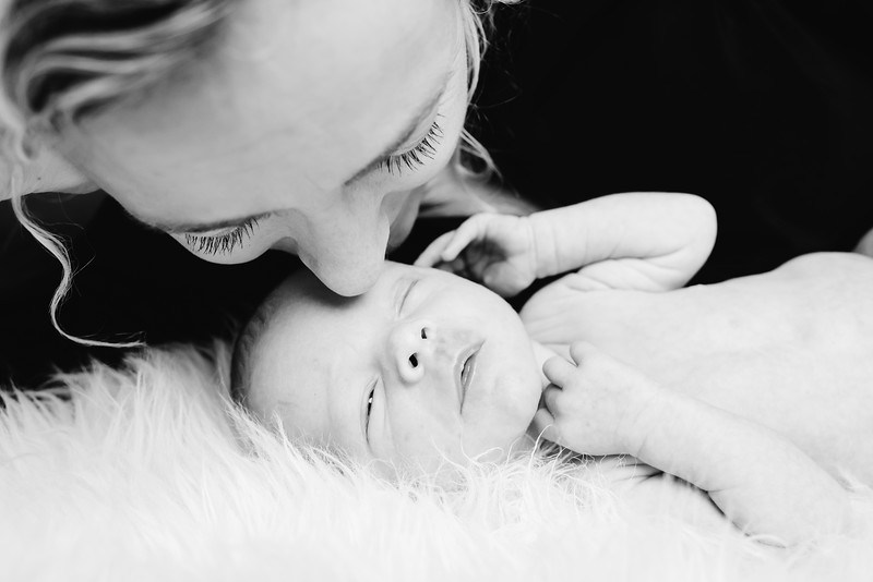 Newborn-Louise (129 van 142).jpg