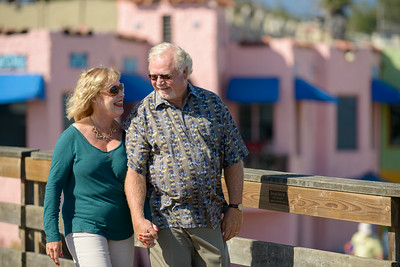 6470_d800b_Michael_and_Rebecca_Capitola_Wharf_Couples_Photography