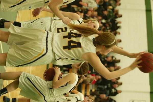 Howard Lake-Waverly-Winsted girls basketball