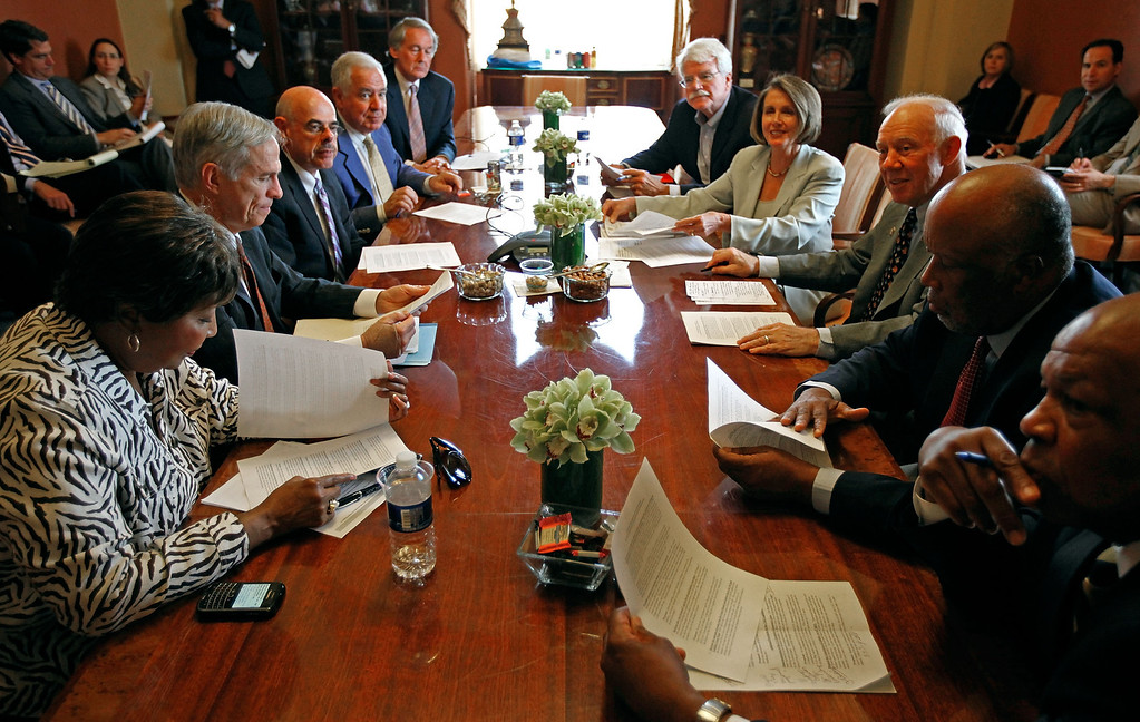 . House Speaker Nancy Pelosi (D-CA) (4th R) meets with House committee chairs (L-R) Rep. Eddie Bernice Johnson (D-TX), Rep. Bart Gordon (D-TN),  Rep. Henry Waxman (D-CA), Rep. Nick Rahall (D-WV), Rep. Edward Markey (D-MA), Rep. George Miller (D-CA), Rep. James Oberstar (D-MN), Rep. Bennie Thompson (D-MS), and Rep. Elijah Cummings (D-MD) in her offices at the U.S. Catpitol on June 8, 2010 in Washington, DC.   (Photo by Chip Somodevilla/Getty Images)