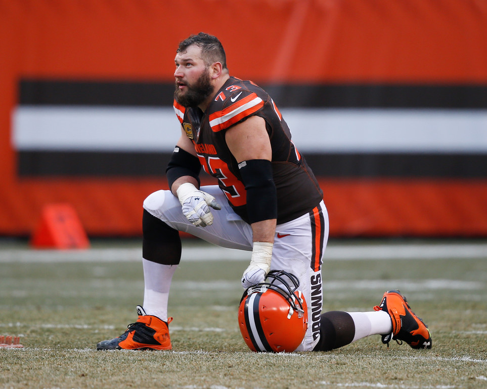 . Cleveland Browns tackle Joe Thomas (73) plays against the San Diego Chargers in the first half of an NFL football game, Saturday, Dec. 24, 2016, in Cleveland. (AP Photo/Ron Schwane)