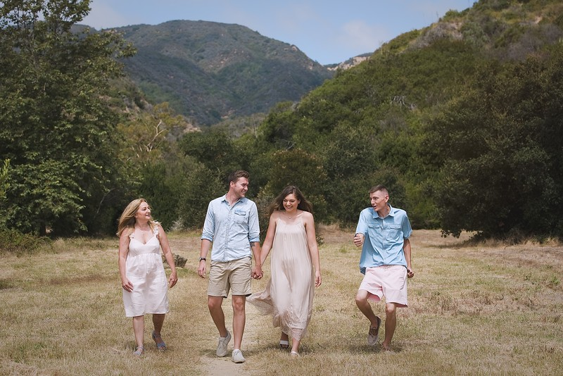 Los Leones Canyon Family Portrait -095.jpg