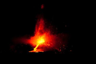 Mt Etna 17 Nov 2013 at 2am