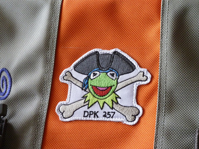 2011-09-24-kermit-on-manpurse