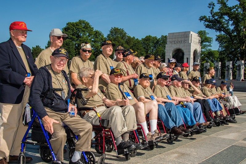 8 Honor Flight Day One_ALAWRENCE_330.jpg