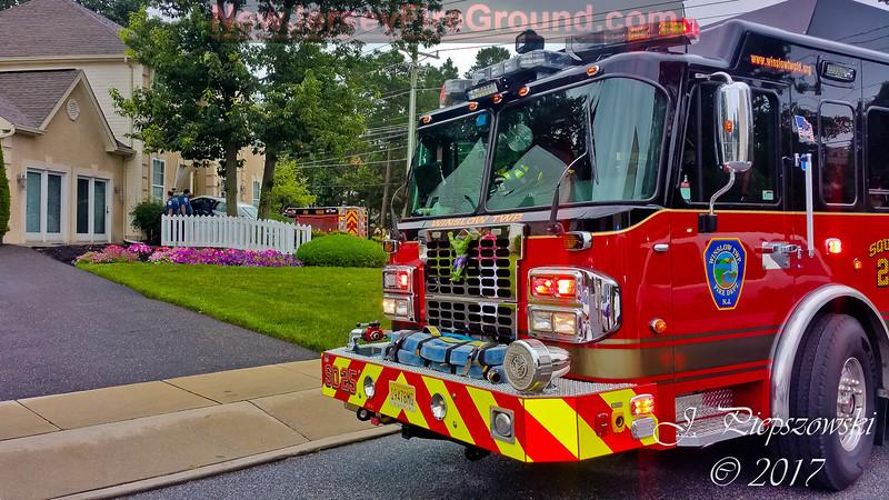 7-6-2017 (Camden County) WINSLOW TWP. 2 Franklin Dr. - Car vs. House