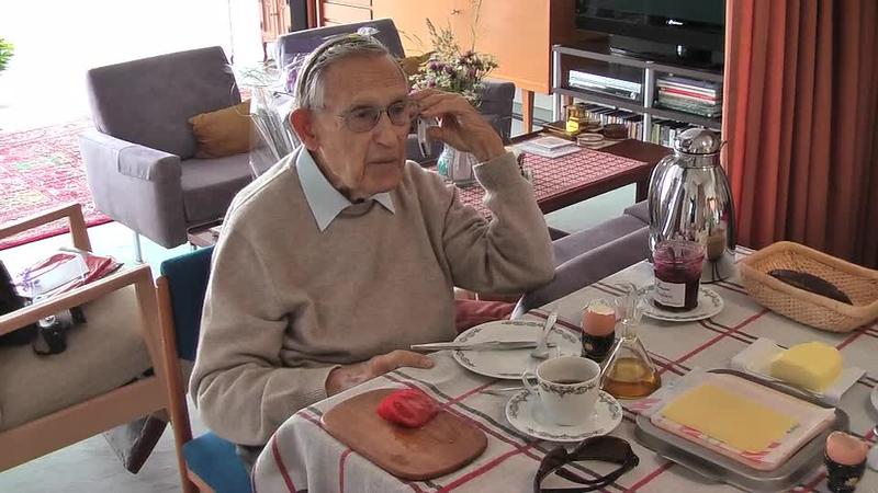 2008_06 Colonel 92 Geburtstag.m4v