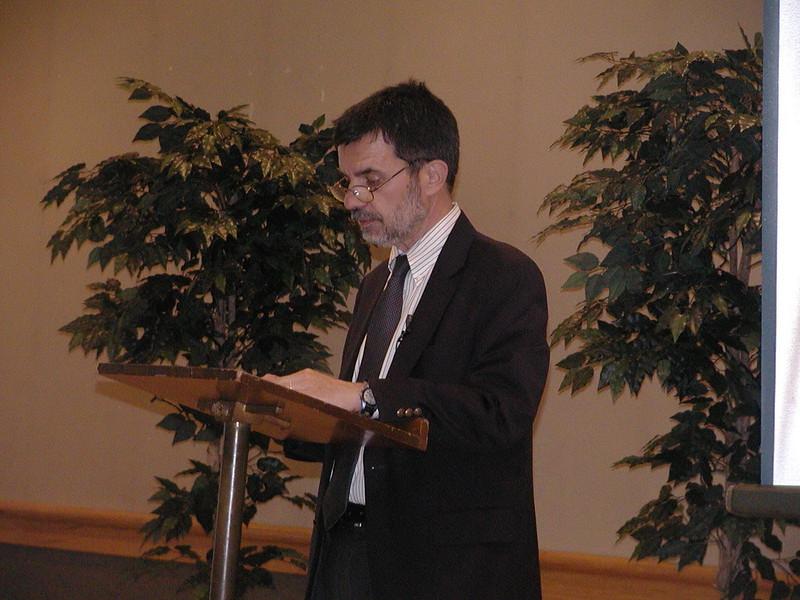 2004-04-18-Notable-Speaker-Series_015.jpg