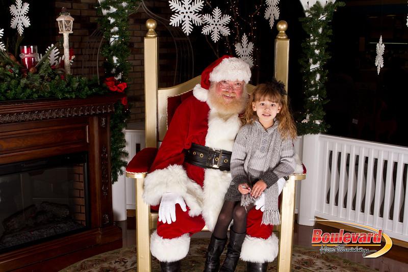 Santa Dec 15-262.jpg
