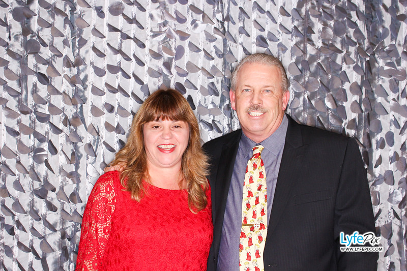red-hawk-2017-holiday-party-beltsville-maryland-sheraton-photo-booth-0092.jpg