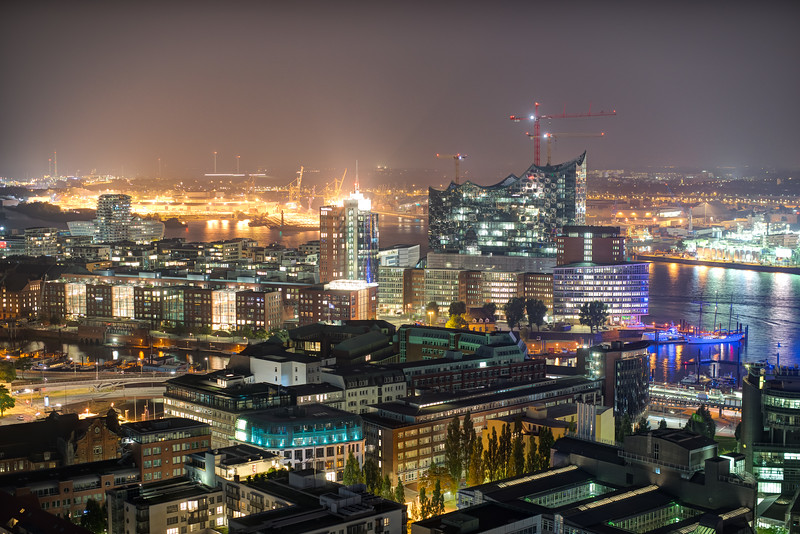 Ausblick vom Michel Elbephilharmonie Hamburg
