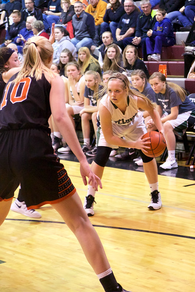 '17 Cyclones Girls Basketball 108.jpg