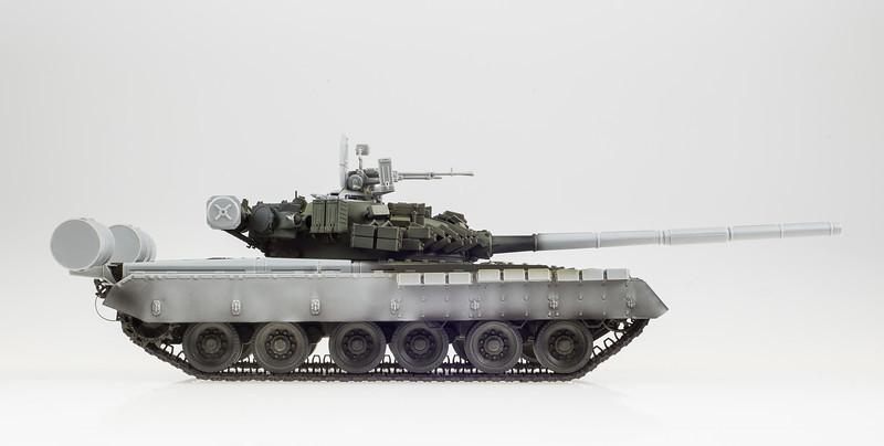 Trumpeter T-80BV 04-10-14-3.jpg