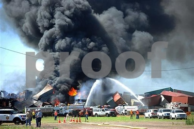 crews-fighting-blaze-at-the-texas-panhandle-train-collision-site-with-3-missing
