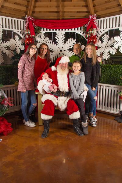 Santa 12-16-17-149.jpg