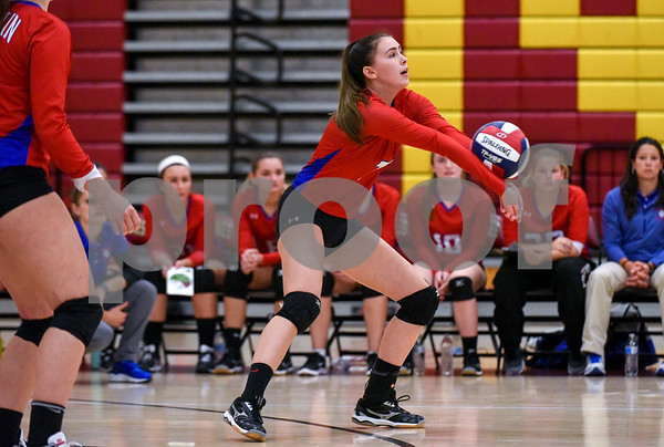 10/18/17 Wesley Bunnell | Staff Berlin girls volleyball vs New Britain on Wednesday evening at New Britain High School. Berlin's Cara Wade (7).