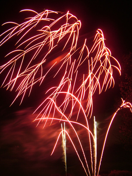 2005_1028tootingfireworks067_edited-1.JPG