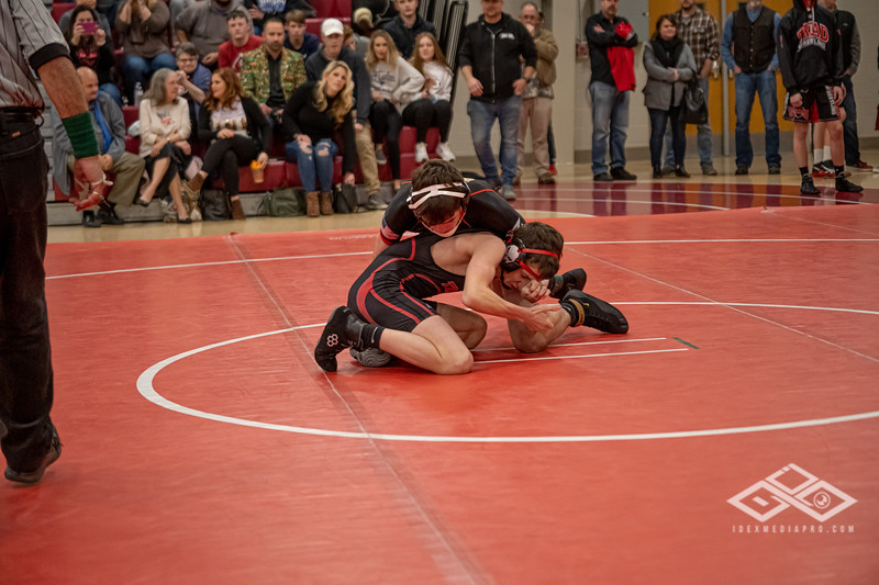 Wrestling at Granite City-09210.jpg