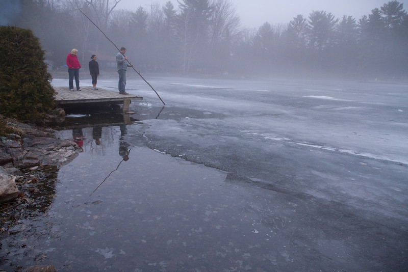 Cottage winter fog-4133.jpg