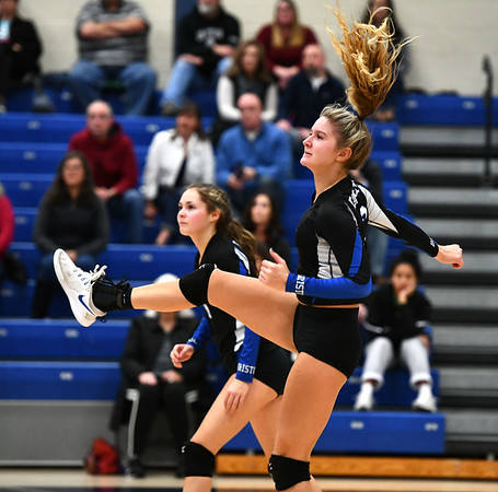 11/7/2019 Mike Orazzi | StaffrBristol Eastern's Zoe Lowe (7) during the CCC girls volleyball tournament at Avon High School on Thursday.r