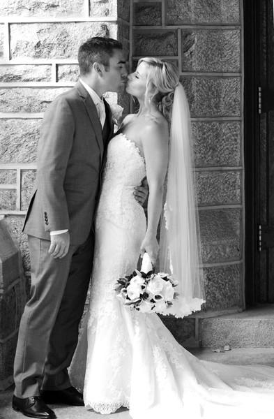 Bride and Groom_33 BW.jpg