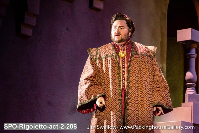 SPO-Rigoletto-act-2-206.jpg