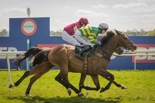 Uttoxeter Races  - Thu 5 May 16