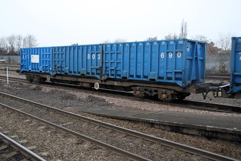 GMC 92525 6E06 Bredbury-Roxbury through Hatfield & Stainforth. 30/12/11