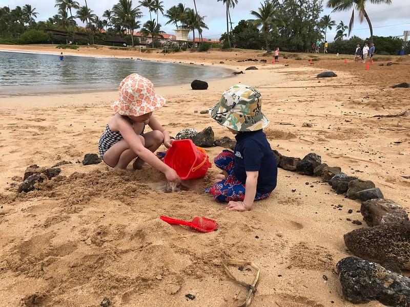 Malia & Finn at Poipu Beach