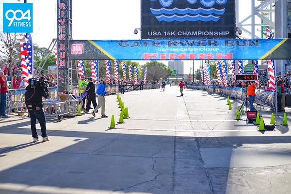Gate River Run Finish 1